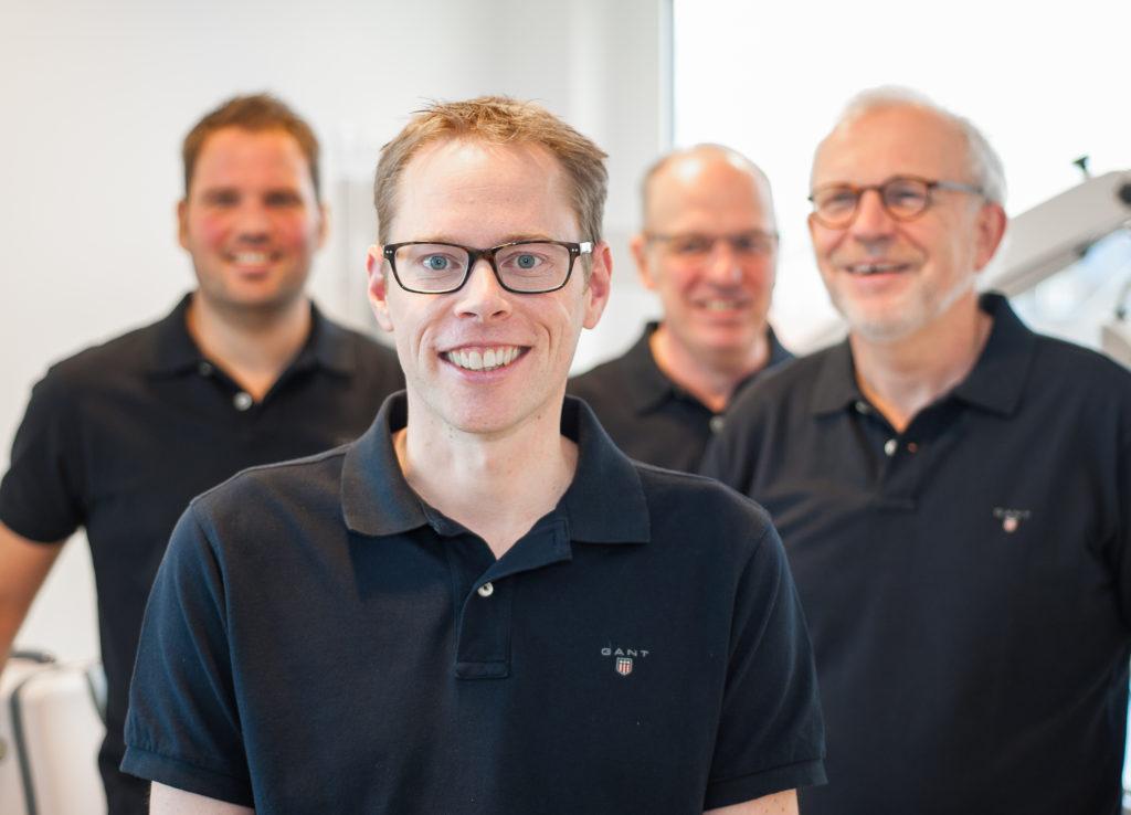 v.l. Dr. med. O. Mick, Prof. Dr. med. Stern-Sträter, Dr. med. A. Mai, Dr. med. W. Oortmann