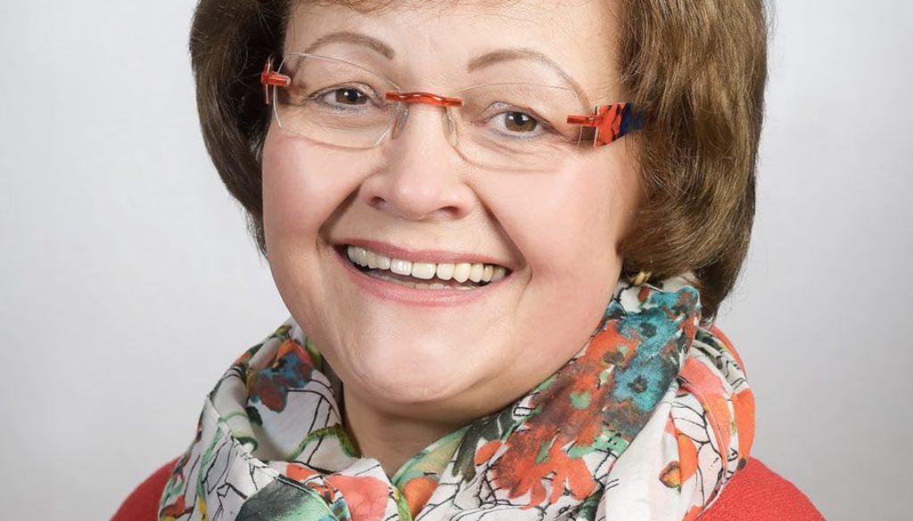 Ursula Oltmann1